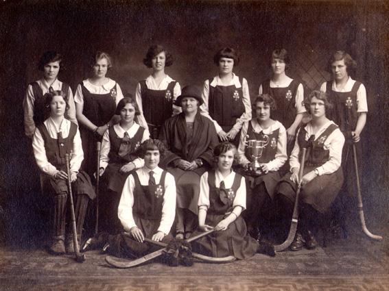 Donaghadee Ladies Hockey Club 1926/27 Back: F Mairs, Q Thompson, M Archer, P Mairs, N Angus, M Mairs Middle: N Stevenson, E Moore, Miss J Brown (President), L Tedford (Capt), T Thomas Front: M Andrews, R Stevenson